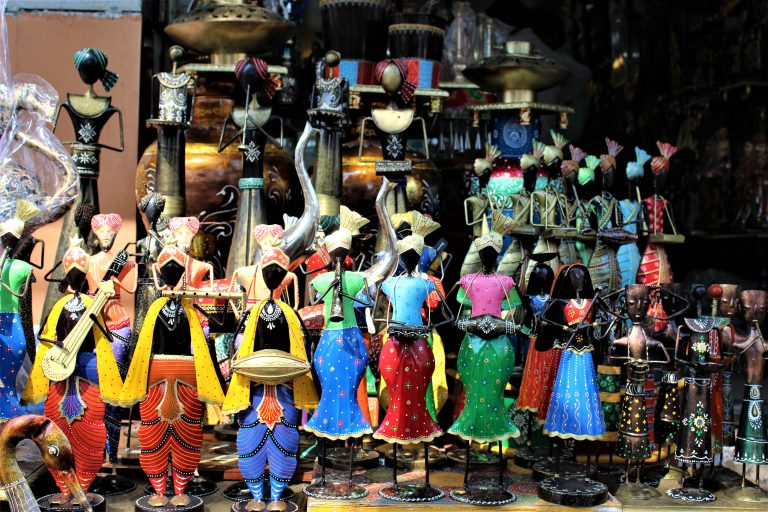 Udaipur Market Shopping – Experience the Best of Udaipur Shopping