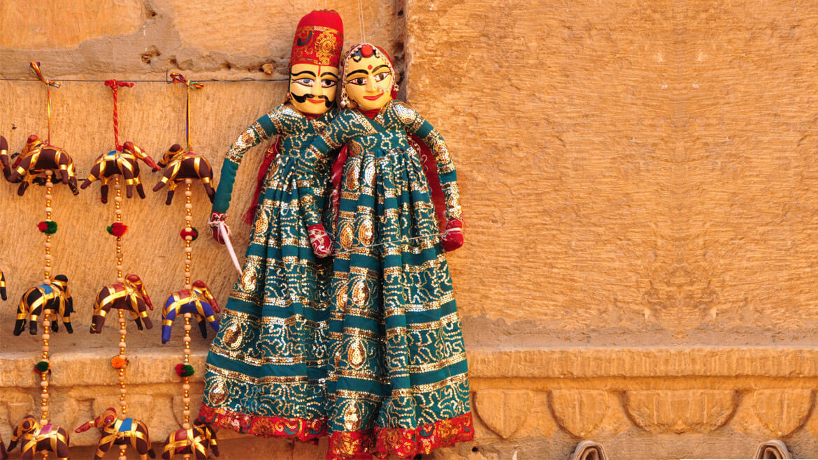 Shopping at Udaipur Rajasthan – Visit, Shop & Enjoy Shopping in Udaipur