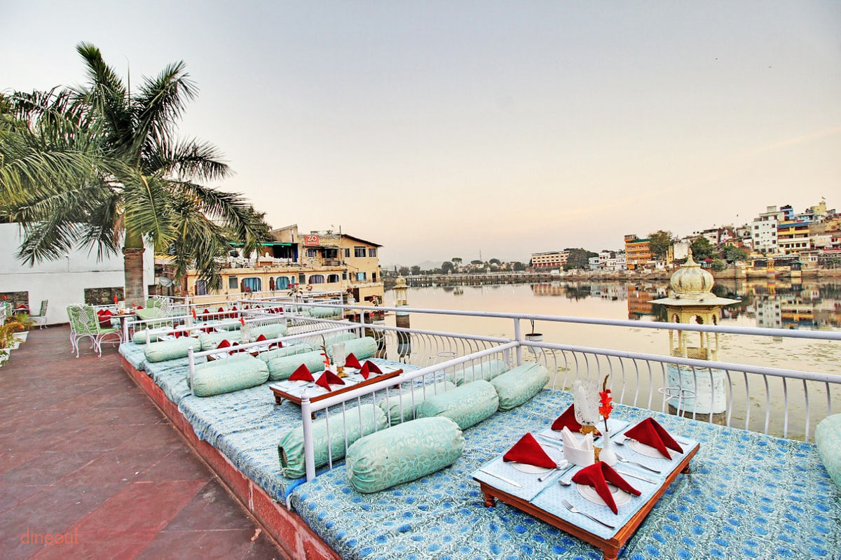 Khamma Ghani Udaipur – Lakeside Fine Dining Restaurant in Udaipur with Classic Dining Experience