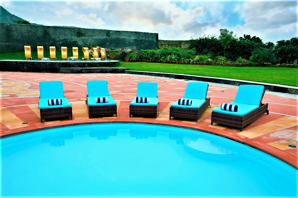 Spectrum Udaipur – Luxury 5 Star Hotel with Restaurant and Outdoor Pool