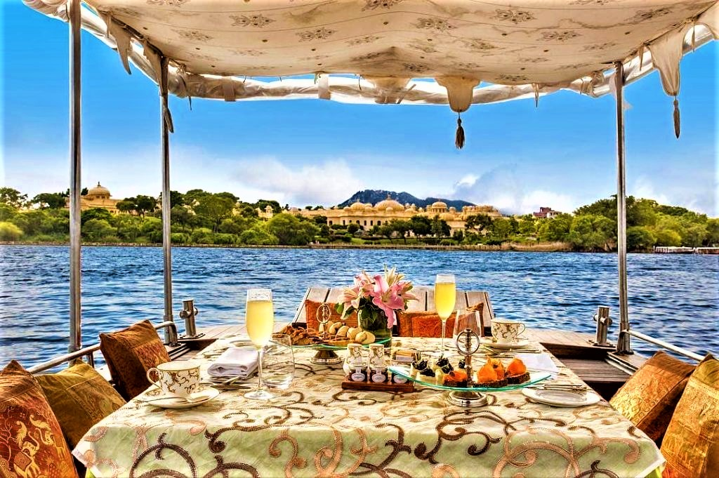 Cafe in Udaipur – Experience Best & Must-Visit Cafes in Udaipur