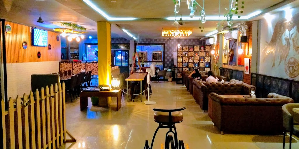 Z 27 Cafe by Lake City Udaipur