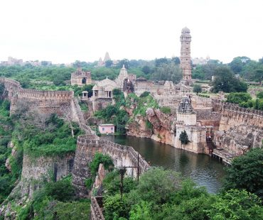 Places to Visit Between Udaipur and Chittorgarh