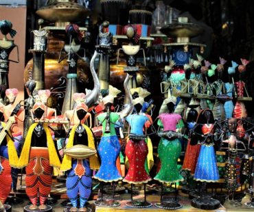 Udaipur Bapu Bazar –  Everything About Bapu Bazar in Udaipur