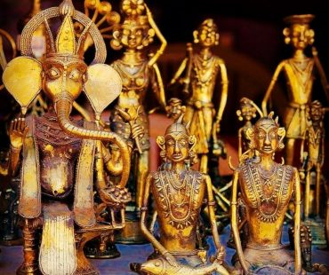Udaipur Antique Shops – Best Antiques Stores & Shops in Udaipur