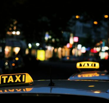 Choosing the Best Taxi Service in Udaipur