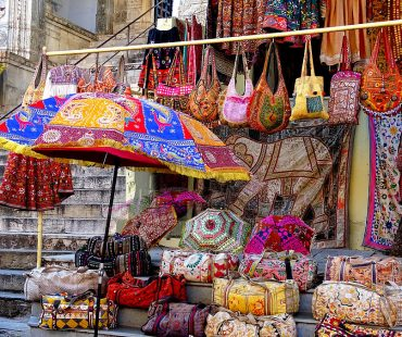 Udaipur Shopping Places – Best & Famous Shopping Places in Udaipur