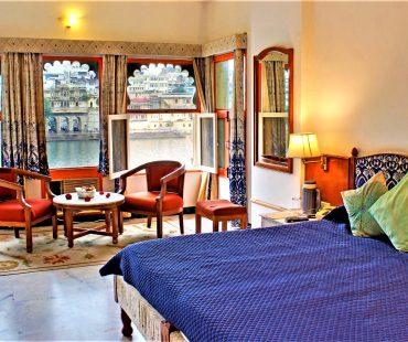 Hotel Sarovar Udaipur – A 3 Star Lake Facing Boutique Hotel On Lake Pichola